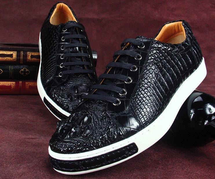 Fashion Crocodile Skin Shoes, Crocodile Sneakers-Exhibition