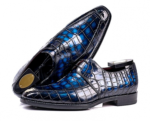 Handmade alligator leather shoes for men